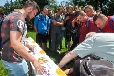 Znaczenie i ochrona pszczół – zajęcia edukacyjne w szkole w Jasieńcu