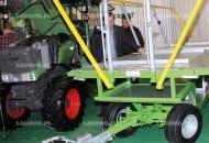 FOT. 6. Nadstawka do tradycyjnych wózków do przewożenia skrzyniopalet zmieniająca je w platformę do zbioru owoców