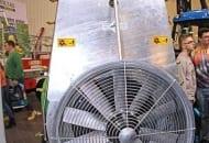 FOT. 11a. Opryskiwacz sadowniczy  Zanon model ZPL 1500 z wentylatorem o średnicy 900 mm.