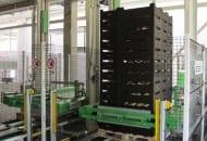 Fot. 5. Paletyzatory do automatycznego układania kartonów na paletach