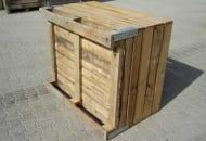 FOT. 2a. Skrzyniopaleta drewniana na 6 kostkach