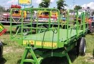 FOT. 11. Platforma sadownicza podnoszona hydraulicznie