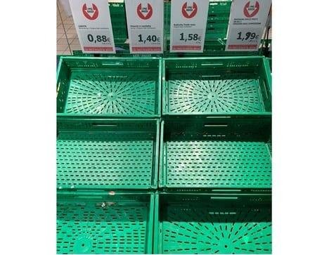 Koronawirus we Włoszech - handel owocami i warzywami