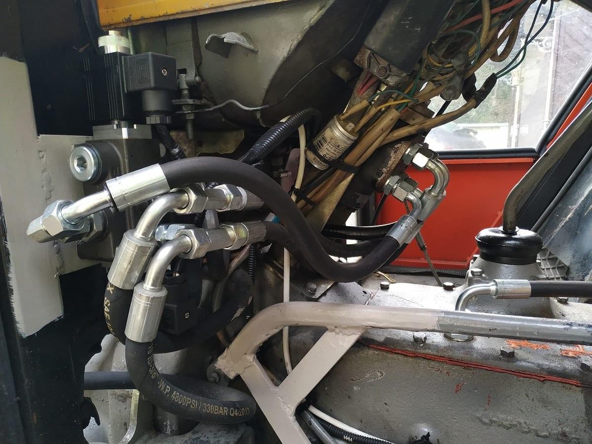 Sterowanie ciągnikiem C-360 i platformą sadowniczą z górnej półki