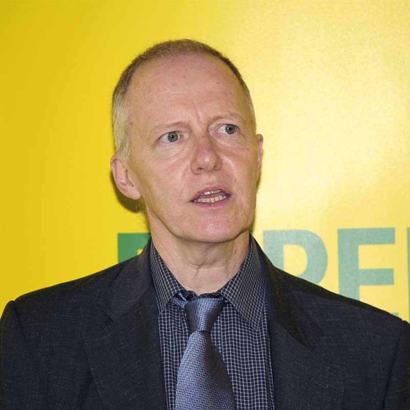 FOT. 3. Dr Georg Ebert przybliżał zalety używania Basacote® Plus