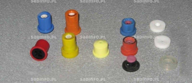 FOT. 2. Ciśnieniowe rozpylacze wirowe różnych producentów