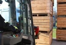 Sadownicy otwierają pierwsze komory z KA – ceny równe jesiennym